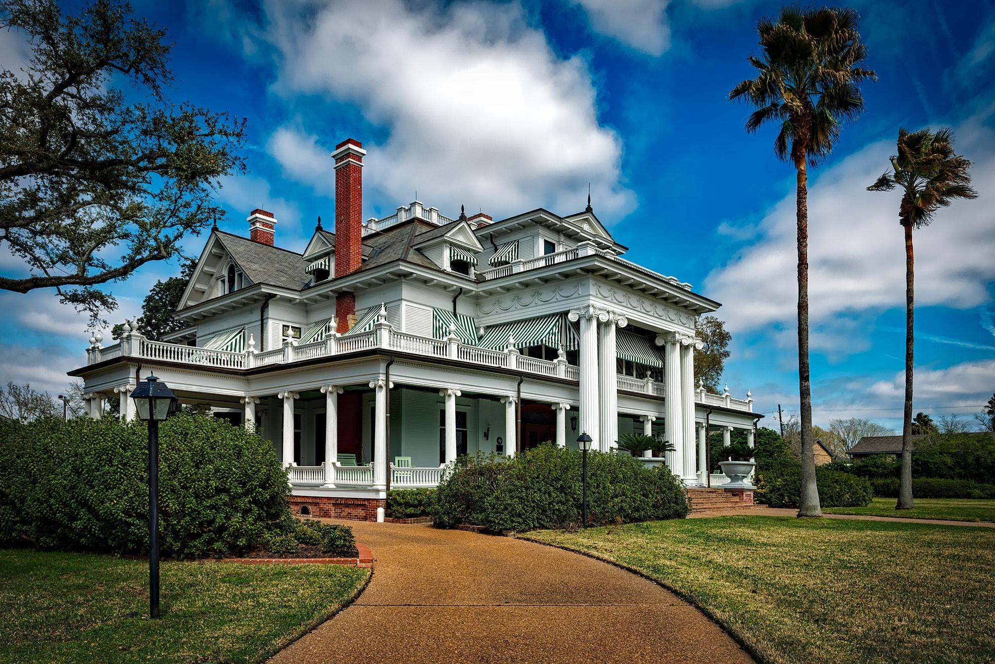 architecture-bushes-chimneys-208736