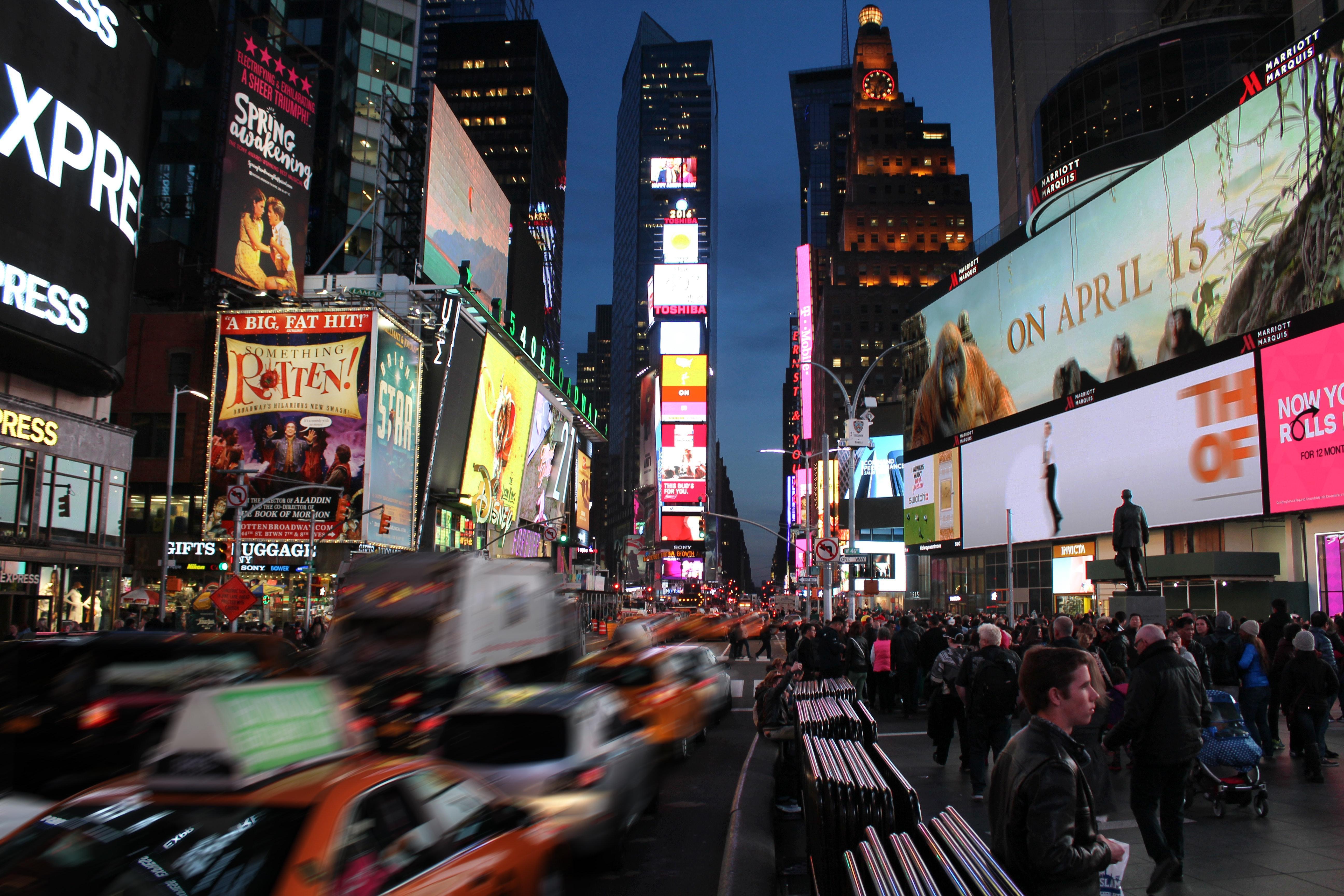 billboard-broadway-busy-1118341.jpg